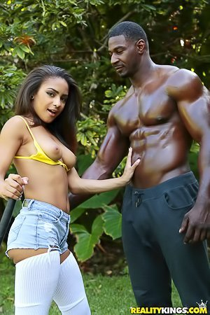 Energetic Latina meets a jacked-up black dude and fucks him in a heartbeat